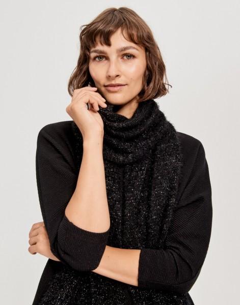 Aglitta scarf