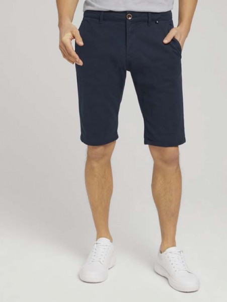 Chino Slim Shorts mit Bio-Baumwolle