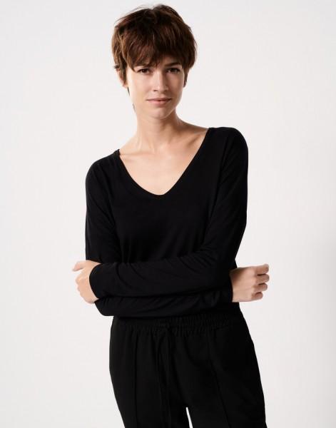 V-Shirt Kirsi