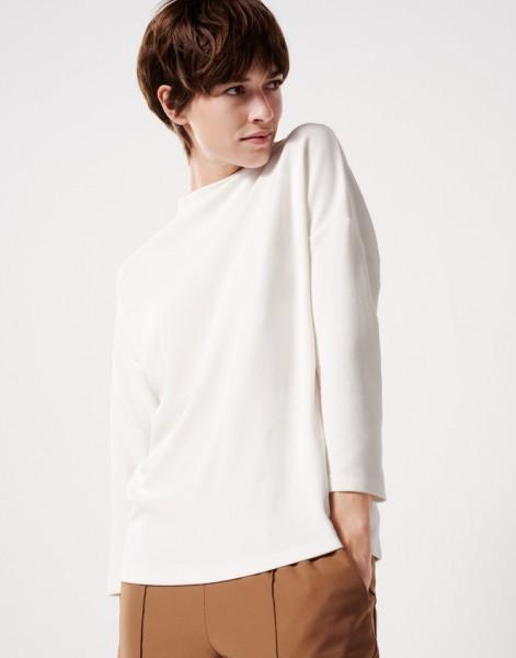 Sweater Unni Usha
