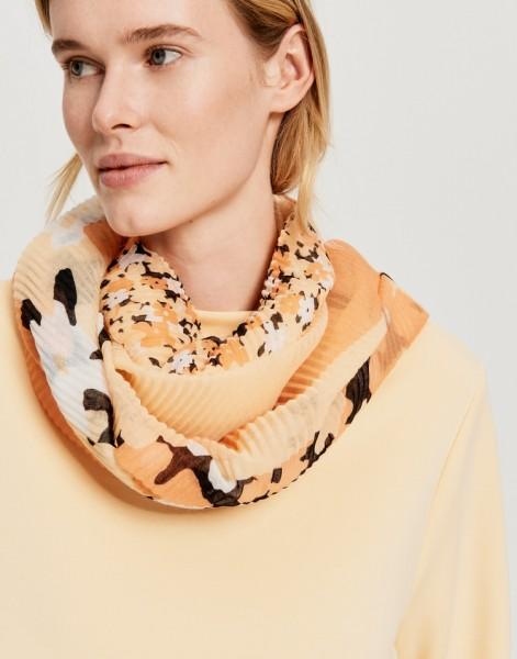 Atiffa scarf